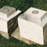 Tempels, graniet / brons