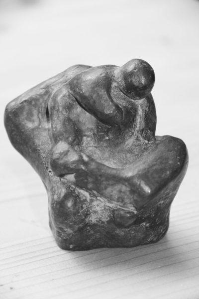 Moeder en kind, 8 x 5 x 7, brons, 1999